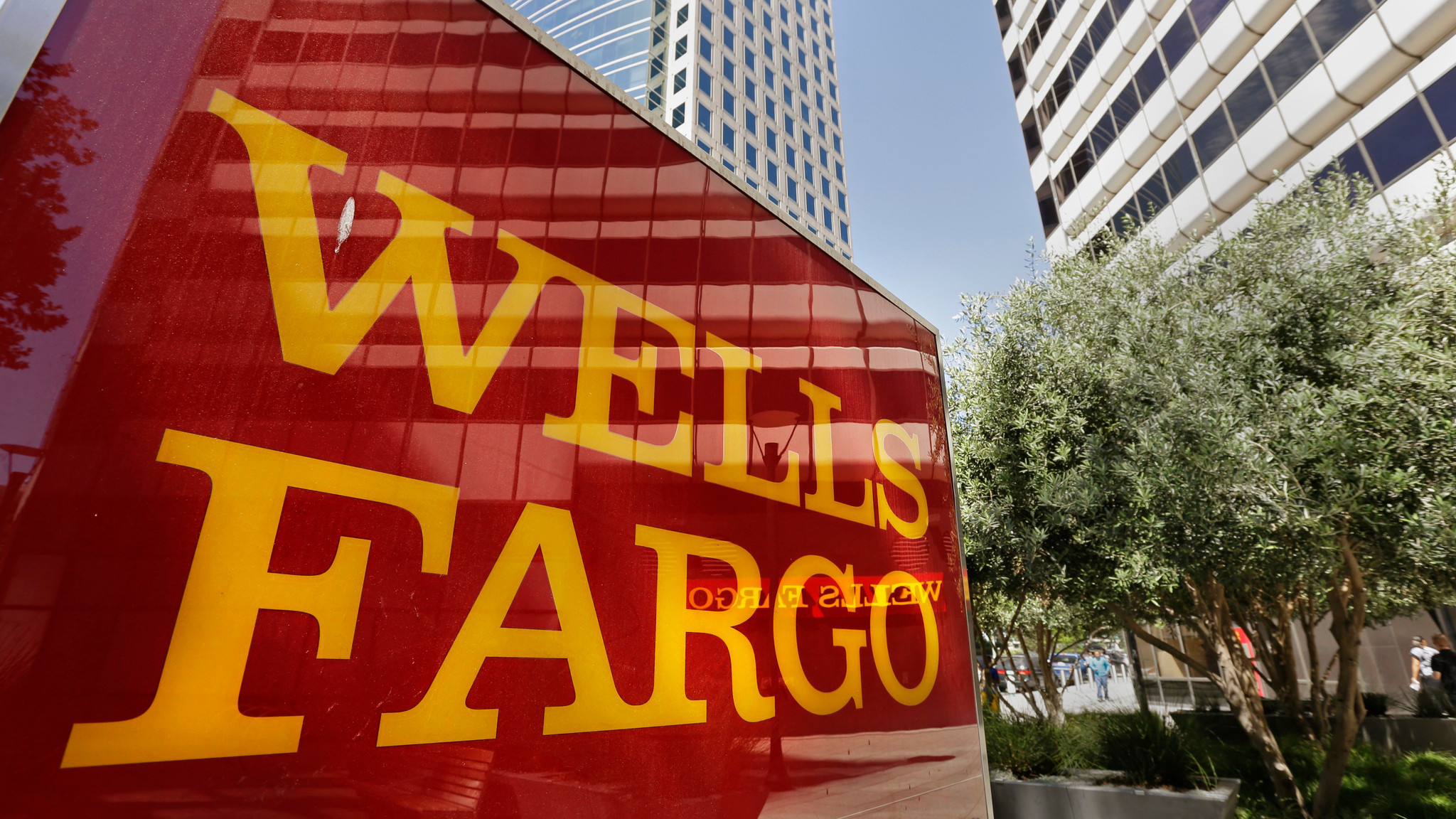 The ethical dilemma of Wells Fargo
